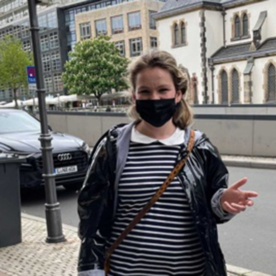 """Folge 06: """"Es ist nicht einfach, in Frankreich jung zu sein"""". Besuch der Autorin Marion Messina in Leipzig"""